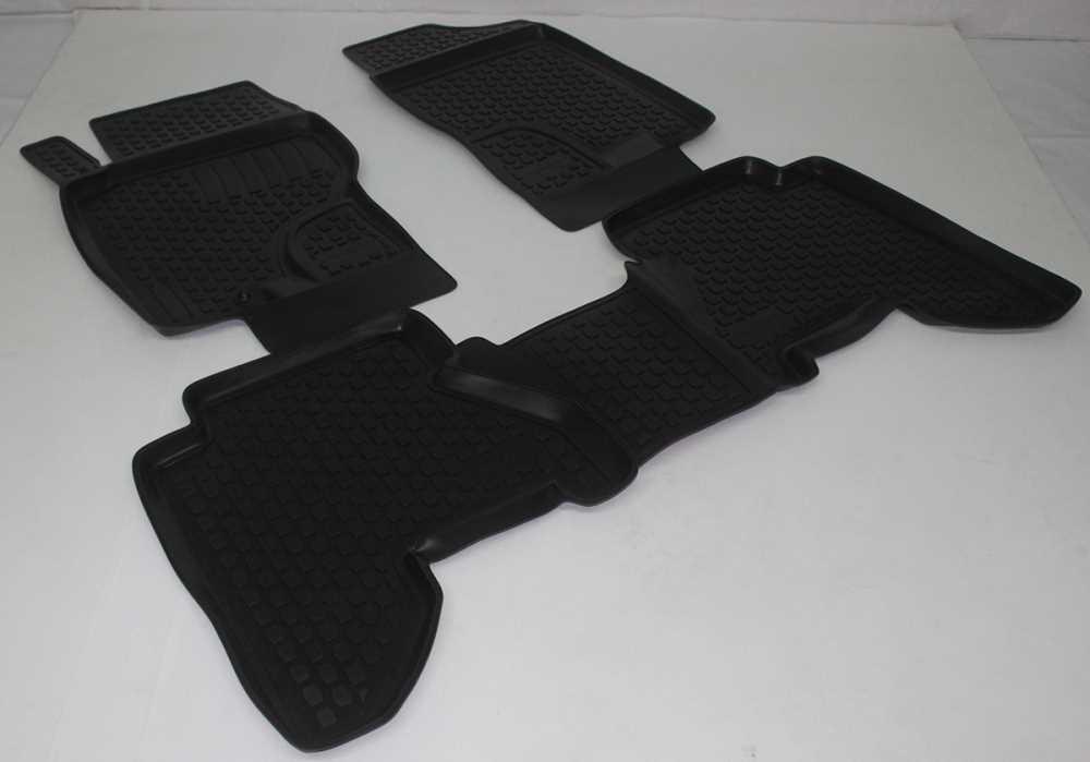 Gumové koberce Nissan Navara II (D40) (pouze přední) (04-) (2D) SIXTOL